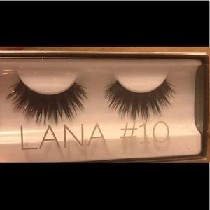 Other - Huda Beauty lashes